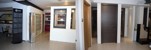Ddm infissi in legno porte finestre e serramenti a treviso e venezia - Showroom porte e finestre ...
